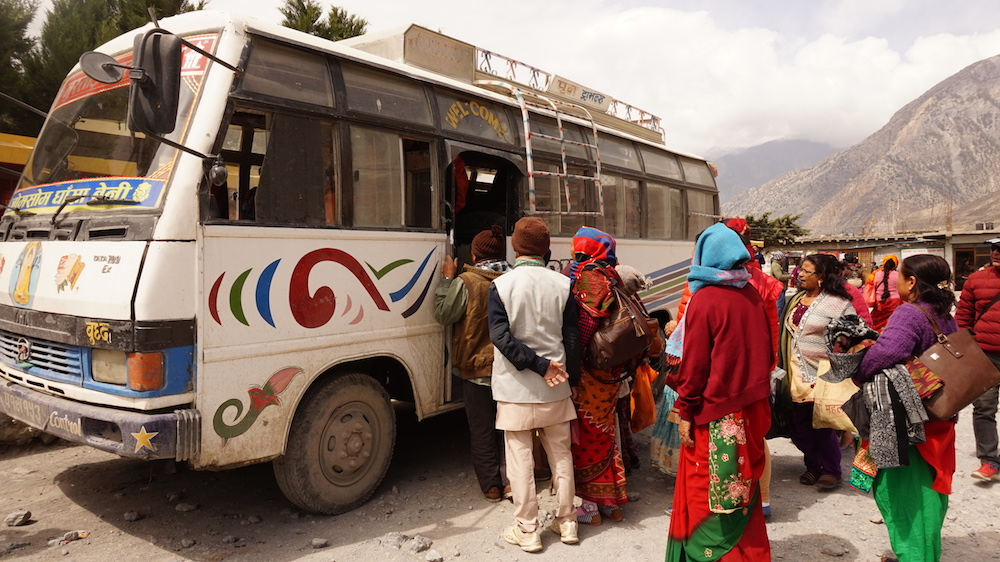 bus to Jomsom